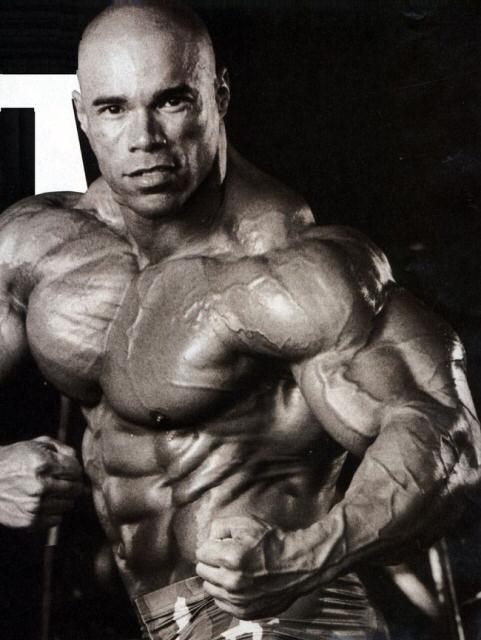 http://www.fitnesspont.hu/mass-shop/picture_gallery//Kevin_Levrone/Levrone_56.jpg