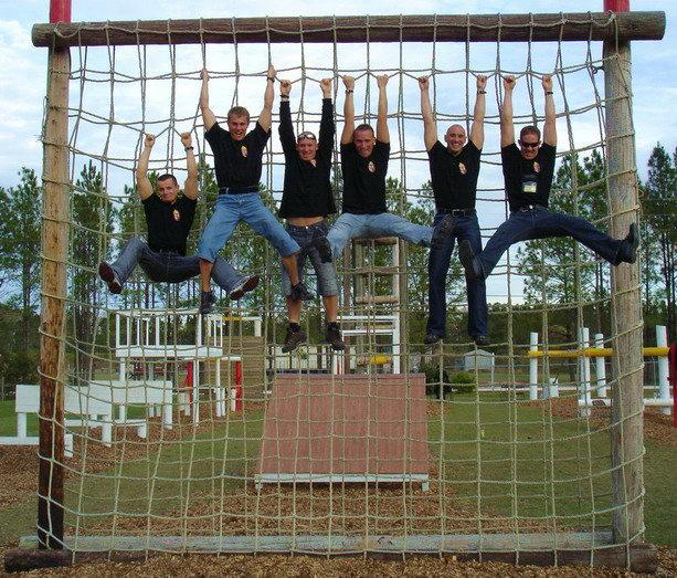 A Tolna Megyei RFK Neutron Bevet�si Oszt�ly csapat�nak tagjai: Major Csaba, Kolep J�nos, Farsang J�nos, K�ri Zolt�n, Felh�si L�szl�, J�rai Antal.